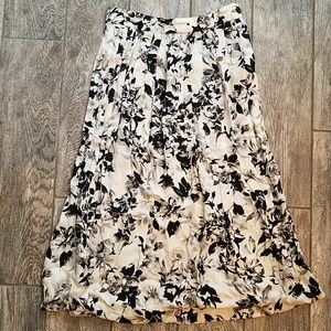 Flowy black and white floral skirt
